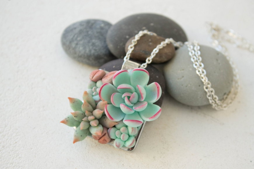 Succulents and Cacti in Jewelry, Hair Accessories and Decor