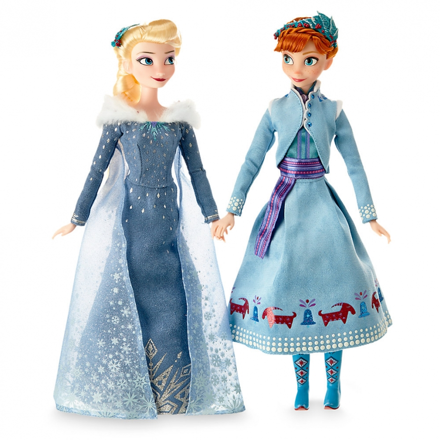 first look at anna and elsa doll set from olaf 39 s frozen adventure. Black Bedroom Furniture Sets. Home Design Ideas