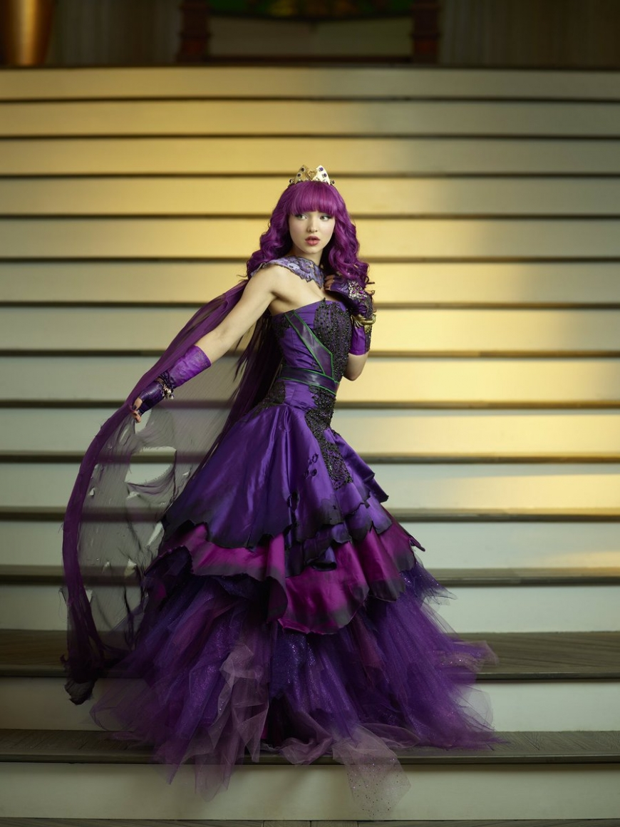 Disney Descendants 2 Mal cotillion
