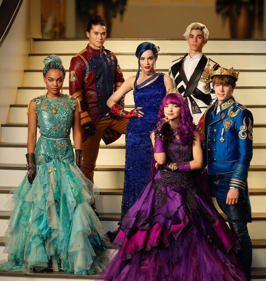 Disney Descendants 2 group cotillion photo