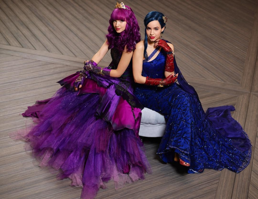 Disney Descendants 2 Mal and Evie cotillion