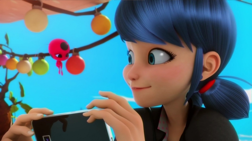 "Miraculous Ladybug season 2:  Сaps in HD from the episode ""Reverser"""