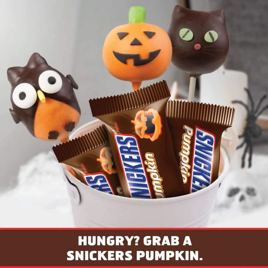 SNICKERS Halloween Pumpkin