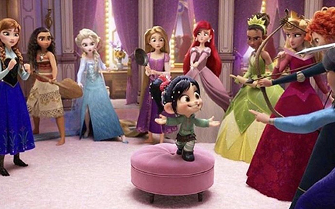 "More footage with Disney Princesses in ""Ralph breakes the internet"""