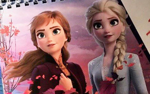 FROZEN 2 first promo picture! First look at Anna and Elsa new outfits