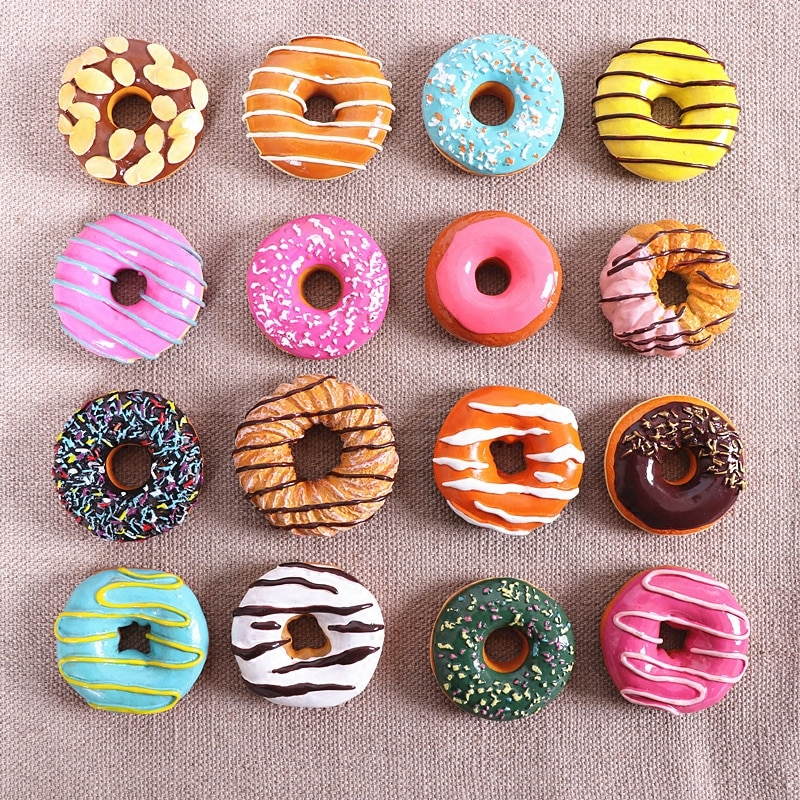Reslistic donuts magnets