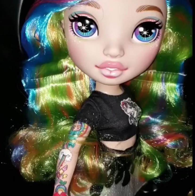 Rainbow Surprise Poopsie Fashion Dolls