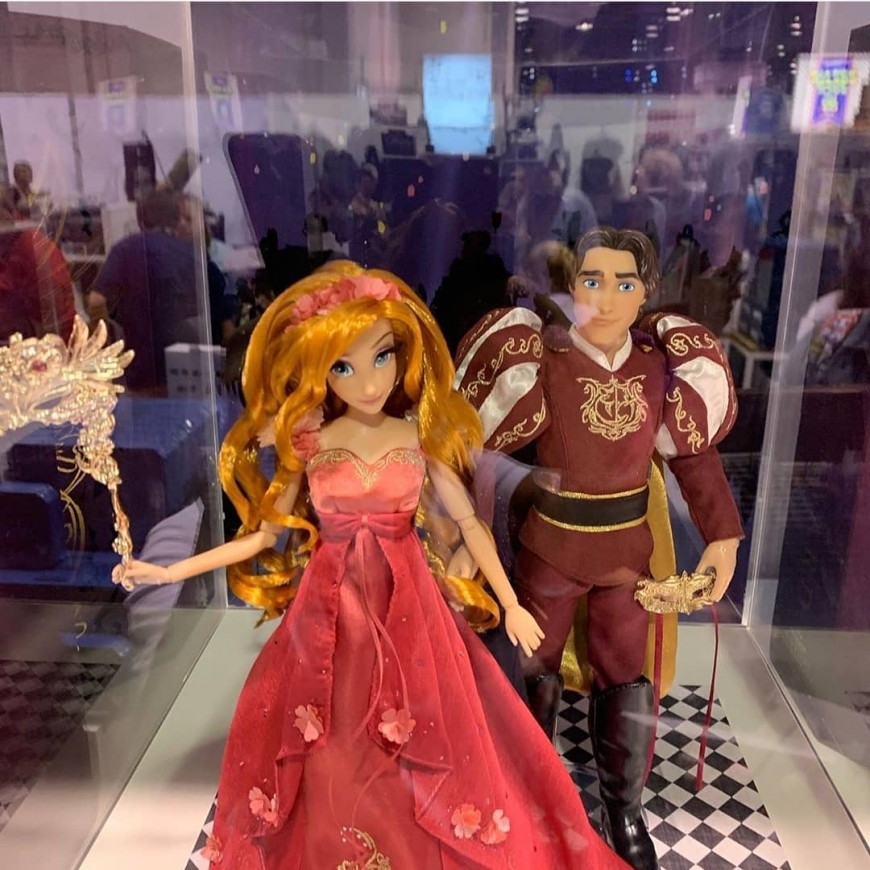 D23 2019 Disney Designer Midnight Masquerade Series Giselle and Edward dolls