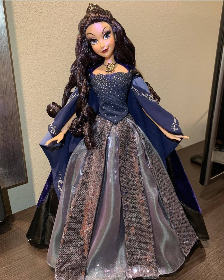 Vanessa Limited Edition The Little Mermaid 30th Anniversary doll
