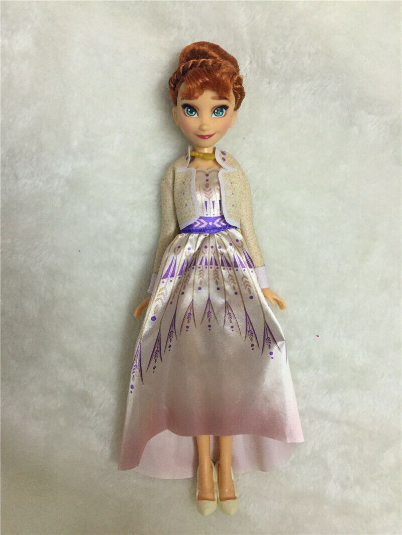 Princess Anna celebrating doll Frozen 2
