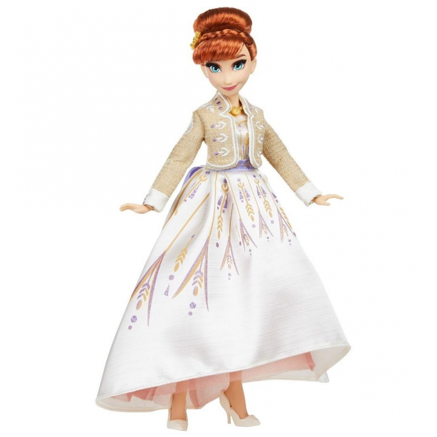 Anna Frozen 2 deluxe fashion doll from Hasbro
