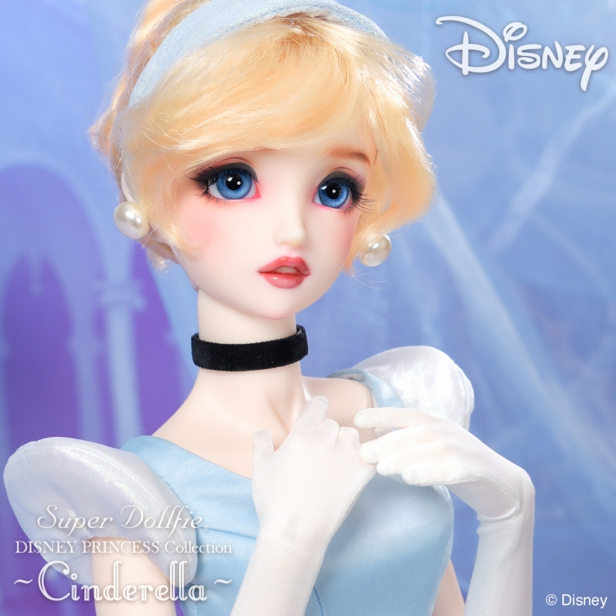 Super Dollfie Cinderella doll