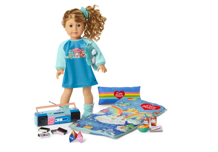 American Girl Courtney Moore 1986 doll and play sets 2020
