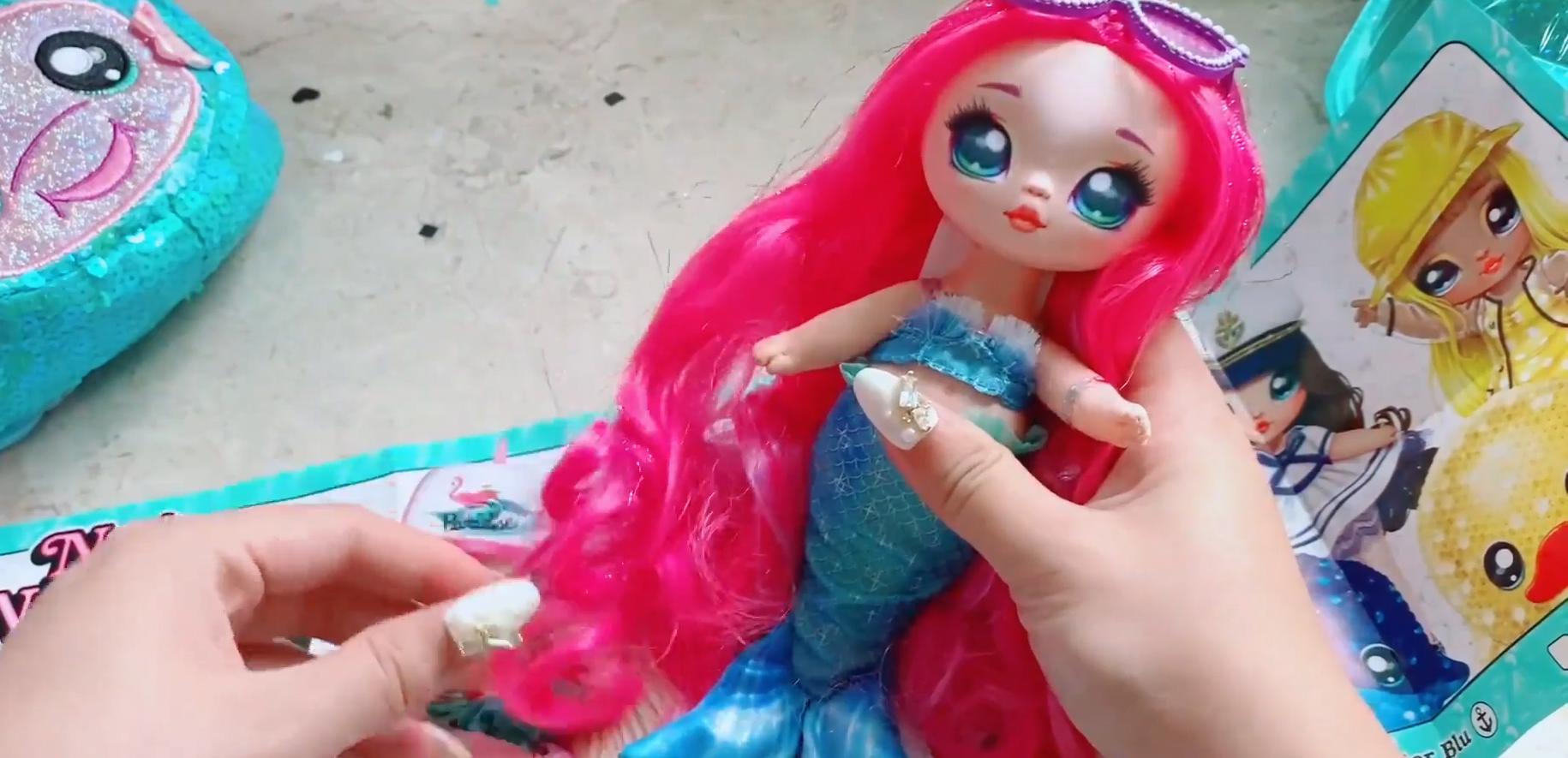 Surprise Na Na Sparkle Series ~ Marina Jewels Na