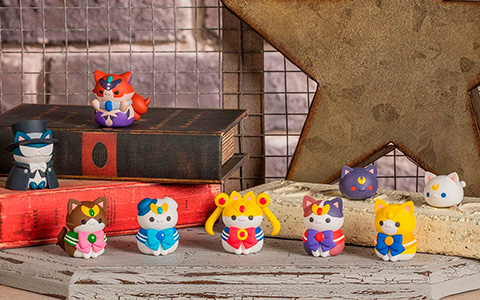 Pretty Guardian Sailor Moon Se-nya-Moon Sailor Mewn cat shaped figurines