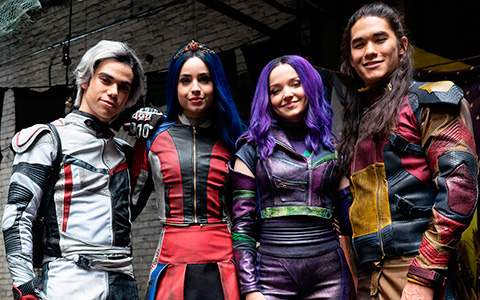Firls look at Disney Descendants 3 new outfits for main VK's