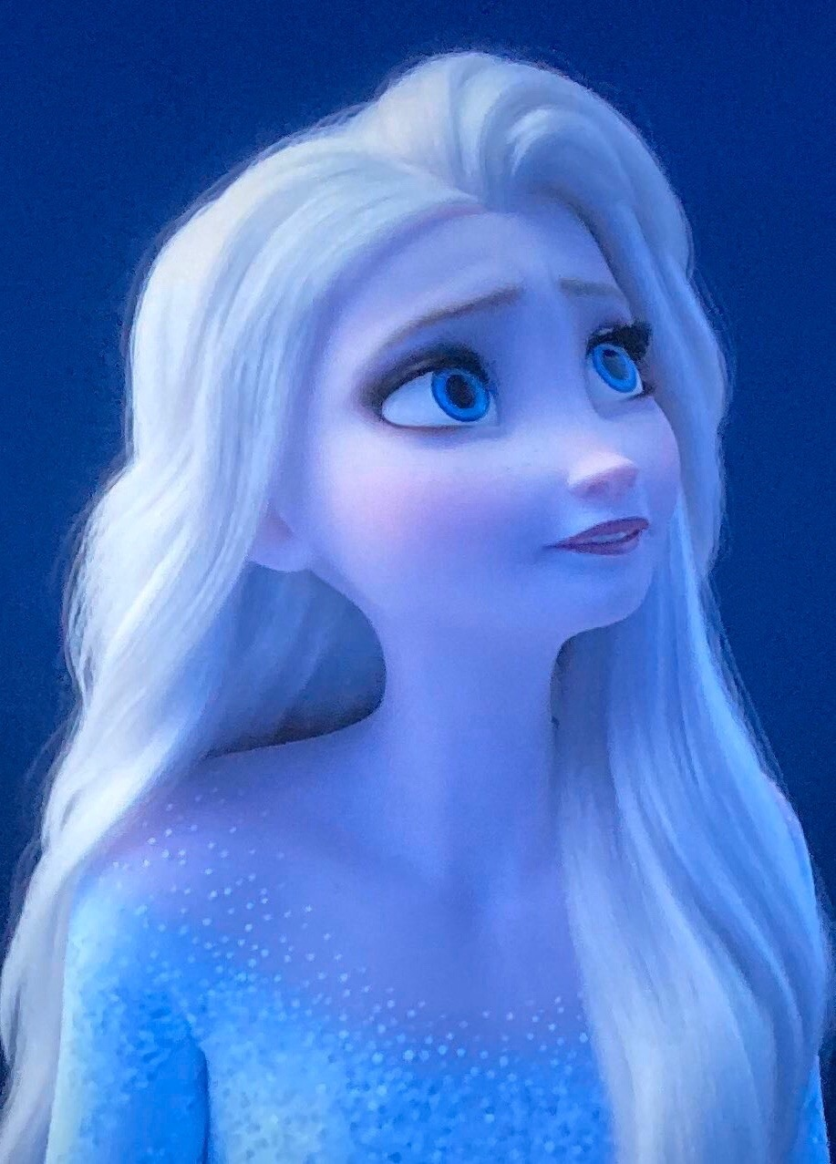 Images With Elsa In Her New Snow Queen Look With Her Hair Down