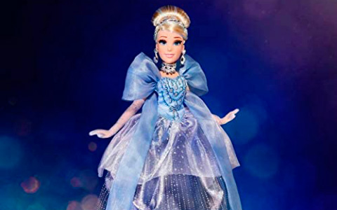 Disney Princess Style Series Holiday Style Cinderella is now available