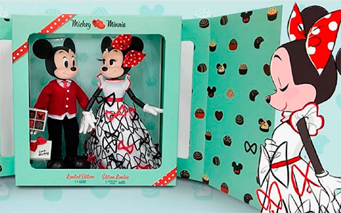 Disney Limited Edition Mickey and Minnie Mouse Doll Set 2021 for Valentine's day